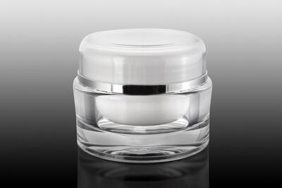 Akrylový kelímek bílý 30ml se stříbrným proužkem
